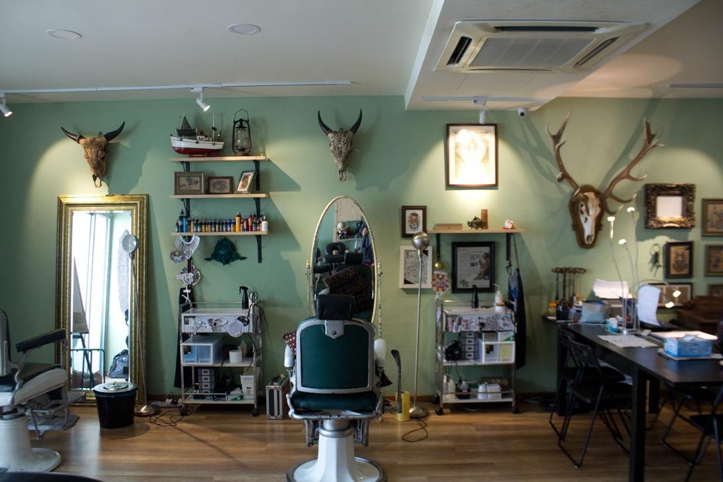 Hai yuan tattoo studio hai yuan apoh - Tattoo studio decor ...